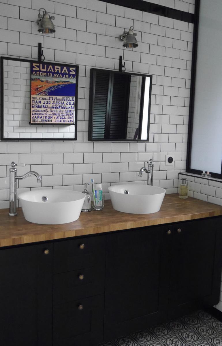 Meuble de salle de bain 1